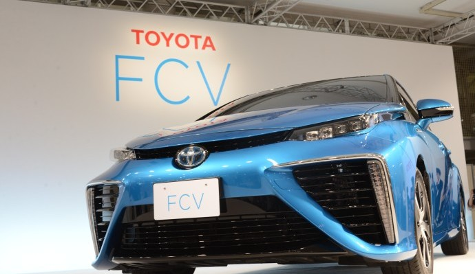 トヨタFCV2