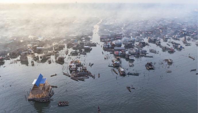 Makoko 水上スラム