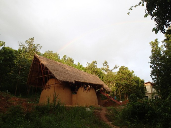 虹の学校 タイ rainbowschool