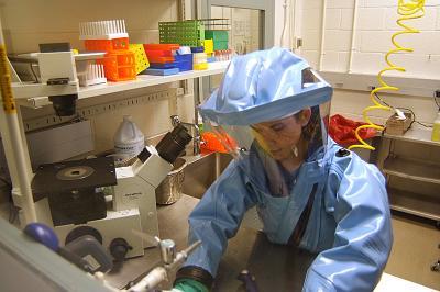 エボラ 防護服
