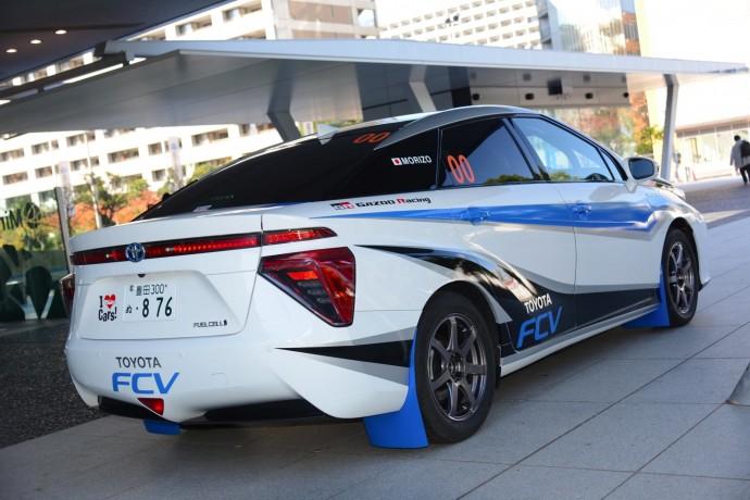 トヨタ 燃料電池車「MIRAI」