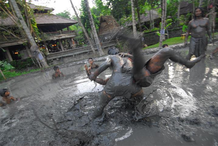 メパンティガン バリ島 インドネシア武術 シラット