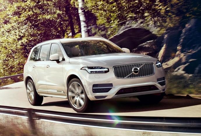 Volvo_XC90_T8