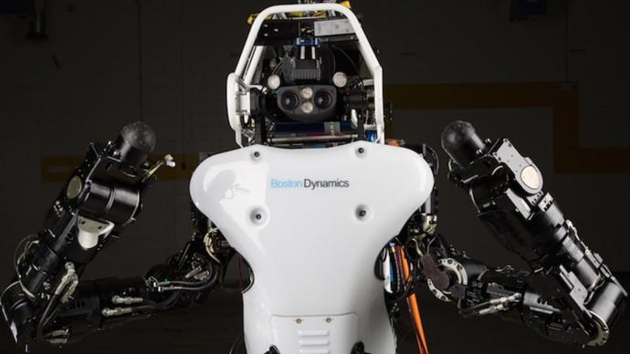 これは人型…ロボット?災害救助ロボ「Atlas」がアップグレード