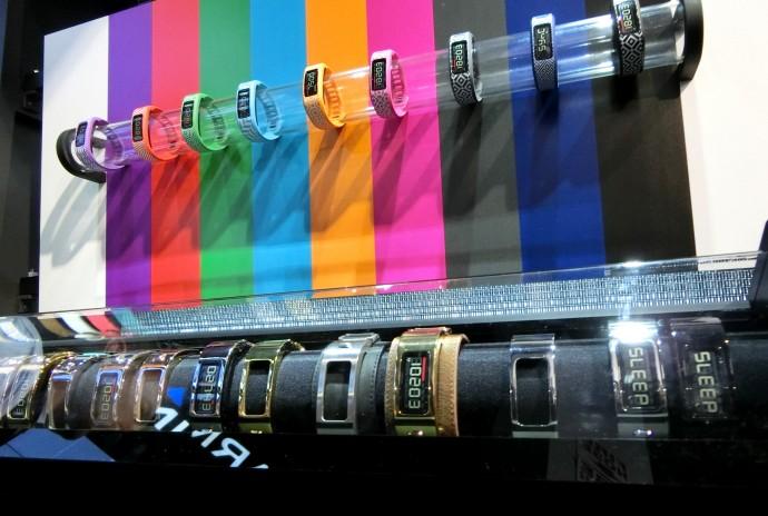 スマートウォッチの生き残りはApple Watchの「高級路線」次第?
