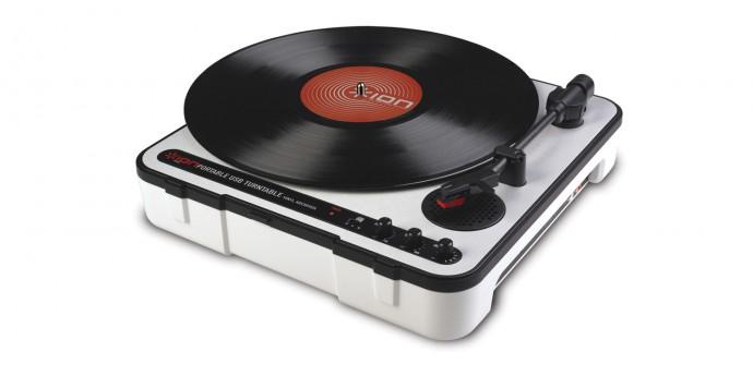 アナログレコード所有者に朗報!デジタル音源に簡単に変換できるプレーヤー
