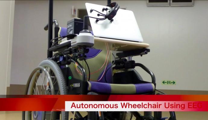 未来の車いすは「行き先を思い浮かべたら」自動的に連れて行ってくれる
