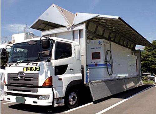 日本初の移動式水素ステーション「ハイドロシャトル」開設
