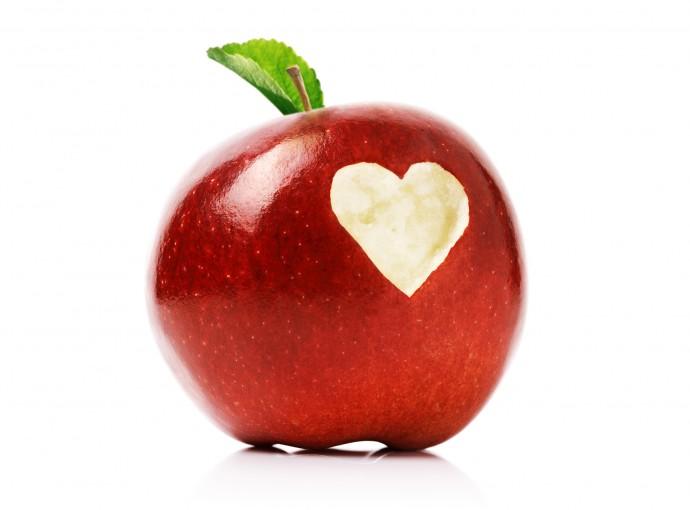 切っても茶色くならない「遺伝子組み換えリンゴ」はアリなのか?