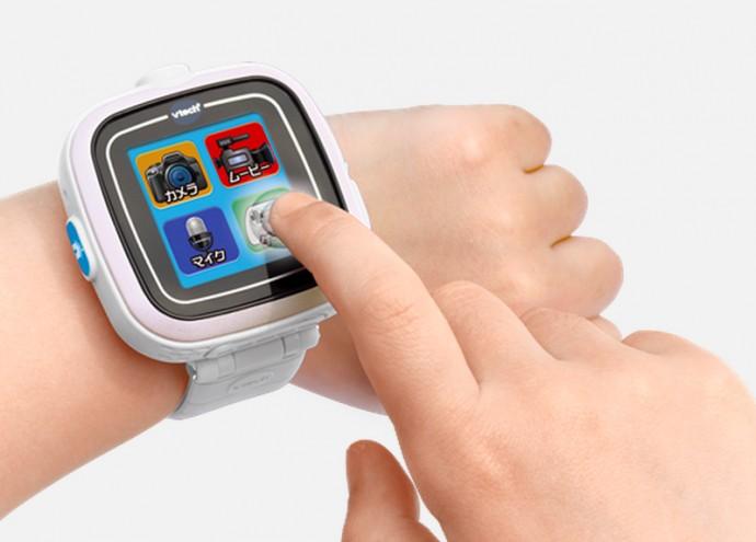 子供向けスマート腕時計「プレイウォッチ」が本格的で楽しそうだ
