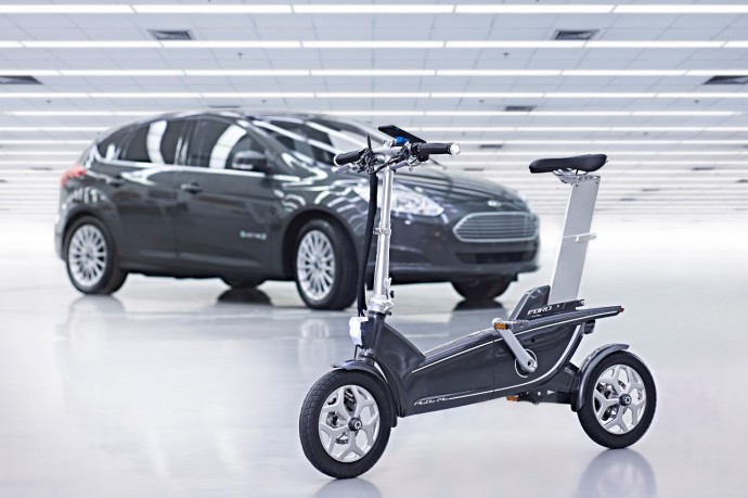 iPhoneと連携するフォードの電動アシスト自転車「MoDe:Me」