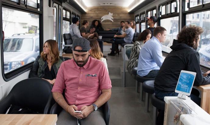 バスの概念を変えるサンフランシスコの「通勤カフェ」って?