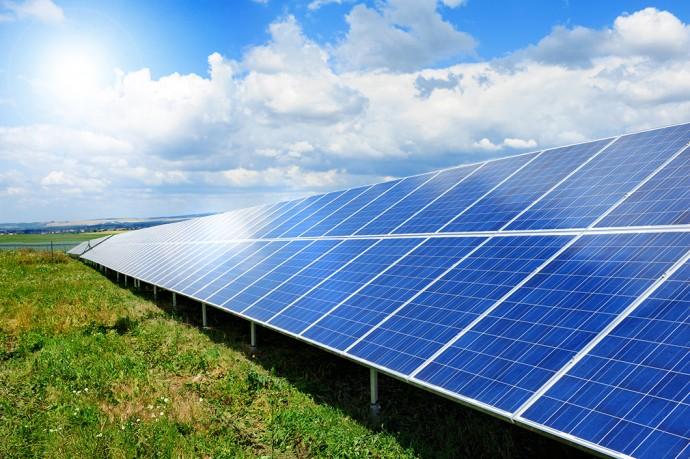 脱火力に向けインドが政府主導で「太陽光発電量」を30倍にすると発表