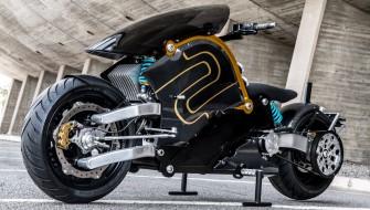 全世界で49台限定!AKIRAを彷彿とさせる電動バイク「zeCOO」
