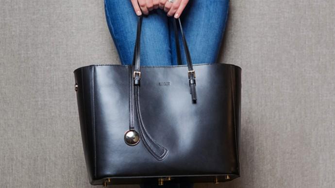トートバッグがバッテリーなんて便利すぎる!スマートライフを助けてくれる「充電鞄」