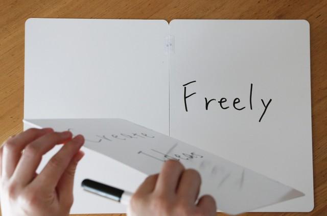 アイディアが湧いたらすぐ書きだそう!無限に使える次世代ホワイトボード「ButterflyBoard」