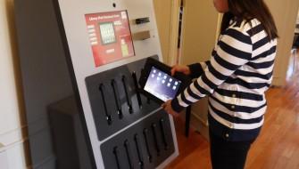 世界初!アメリカの大学と図書館が提携して「iPad自動貸出機」を設置