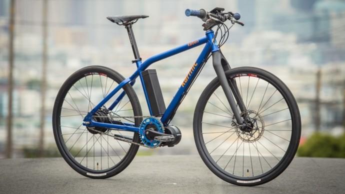 速さと長距離移動を追求した「スーパーバッテリー」電動アシスト自転車