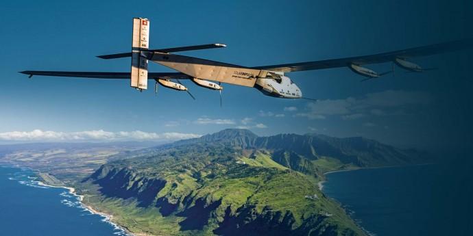 太陽光電池だけで飛ぶ電動飛行機「ソーラー・インパルス2」が世界一周に挑戦中!