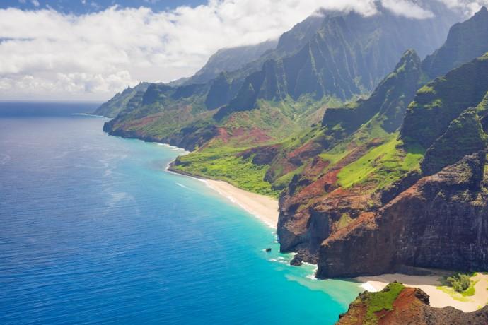 電力を「再生可能エネルギー」に変換!ハワイの先進的な取り組み