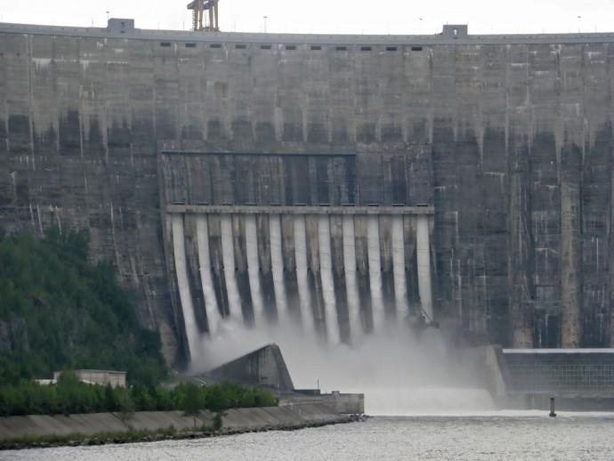 アメリカCO2削減にカナダからの「水力発電」電力輸入が効果あり