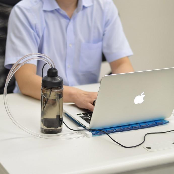 暑い夏に熱いノートブックパソコンを冷やす水冷式パッド発売