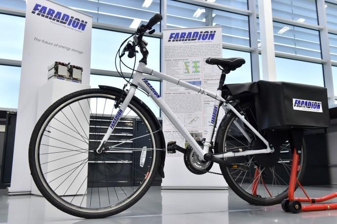 コスト減で環境にもよい「ナトリウムイオン電池」の電動自転車はメリットしかない?