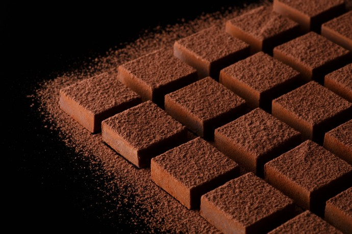 チョコレートの「ドカ食い」が心臓病のリスク低下に関係?