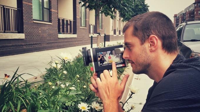 レトロな8mmフィルム気分で撮影可能!iPhone動画撮影デバイス「Lumenati CS1」