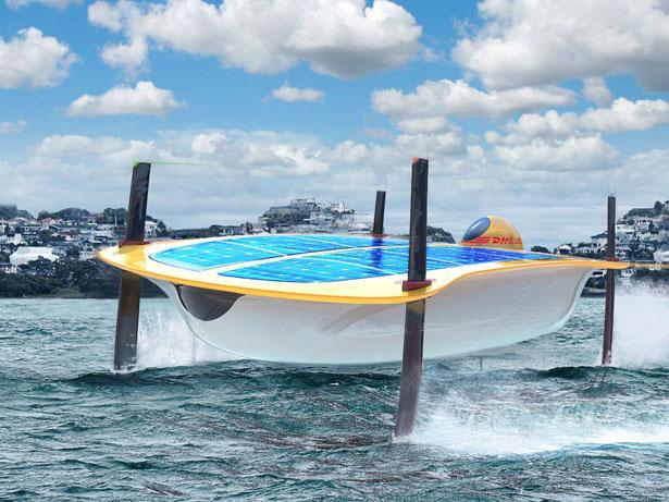 DHLが水上スライダーでの荷物配達サービスにむけて準備を始めた