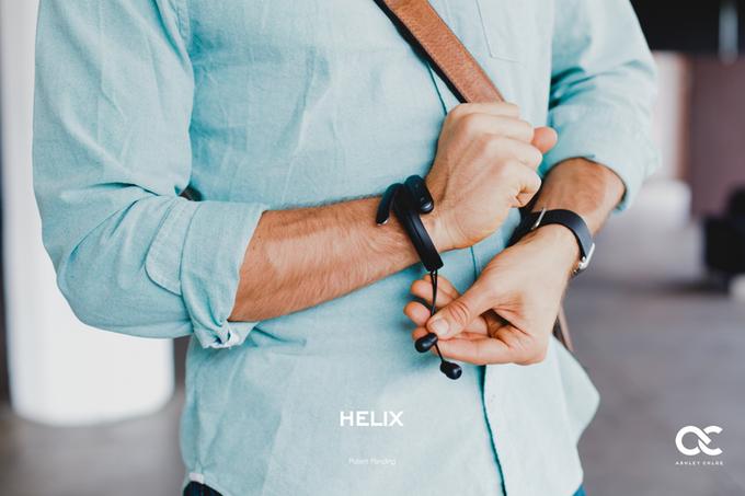 普段はブレスレット!? ハイレゾ音源が再生可能なウェアラブルなイヤフォン「HELIX」