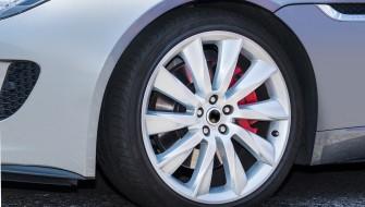 タイヤの摩擦からエネルギーを生成して再利用する「nanogenerator」
