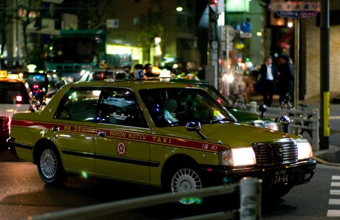 PROJoi Ito / Tokyo taxi on Roppongi Dori - Flickr