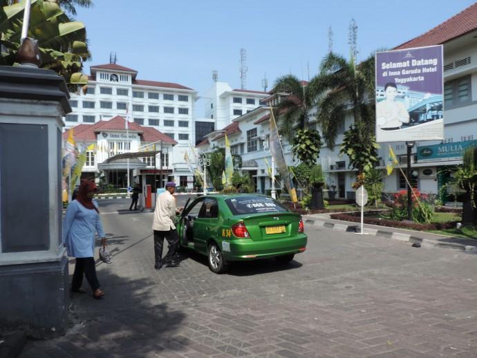 インドネシアのタクシー
