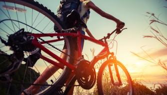 スマホで解錠も!「世界一盗まれない自転車」はフレームがロックに変身!