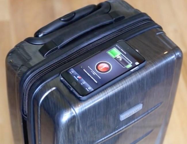 旅行時のスマホ電気切れに安心!世界初のワイヤレス充電スーツケース