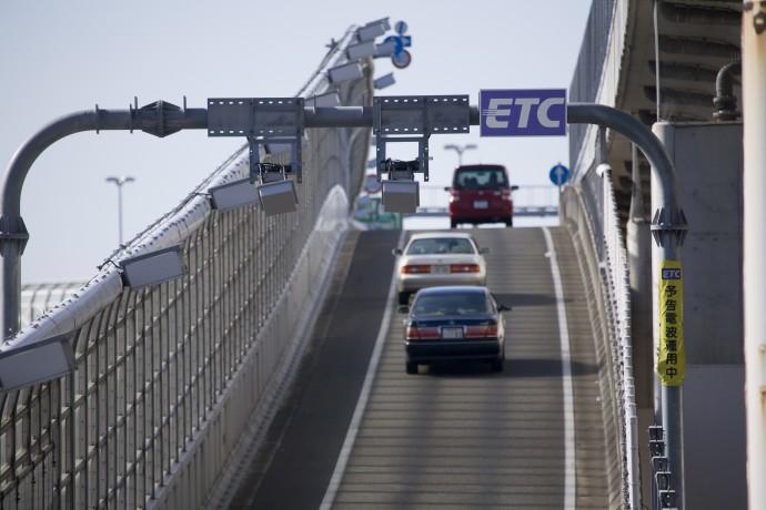ビッグデータを活用した「ETC2.0」車載器はスマホのNAVIアプリに勝てるか?