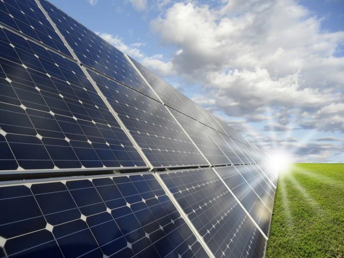 従来のリチウム電池とは格が違う!? 世界初の「水性太陽フロー電池」が開発される