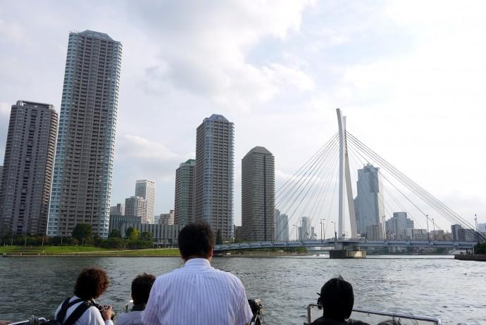 東京を川から眺めると新しい発見がある(隅田川・中央大橋周辺)  筆者撮影