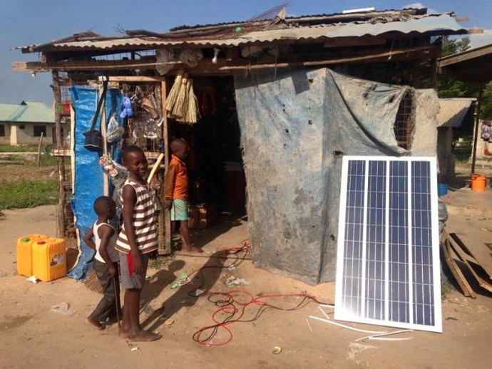 畳一畳分のソーラーパネルがあれば、村の暮らしが変わる