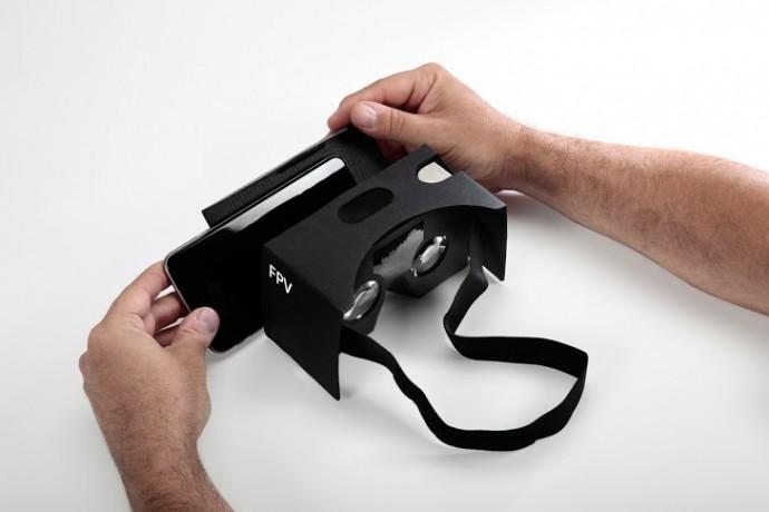 簡易VRヘッドセット