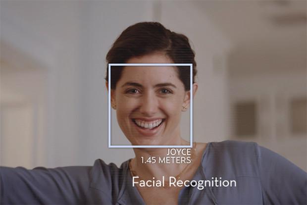 Alpha 2は顔を認識している