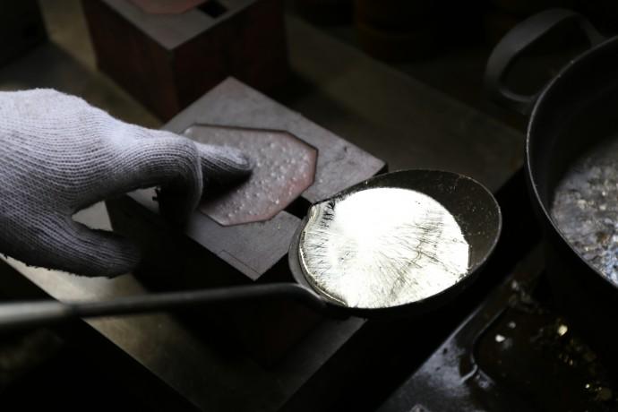 職人による手作り-1