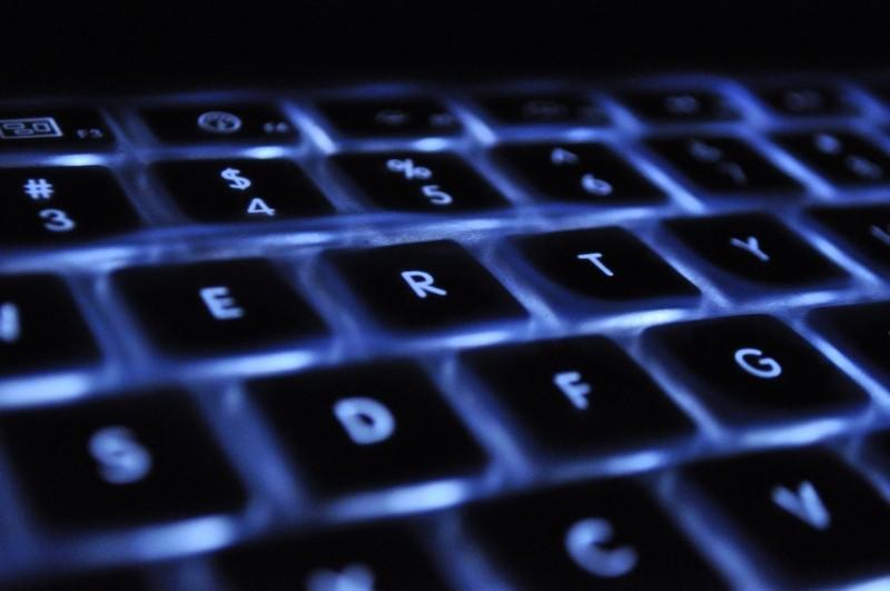 keyboard-laptop-back-light-apple-keys-business